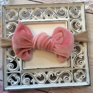 Other - Boutique Baby Girls Pink Velvet Headband